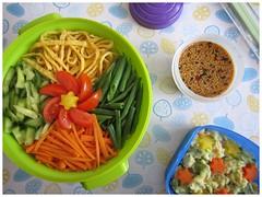 Bento 533 (Sandwood.) Tags: bento lunch lunchbox cooking food meal dish ramen noodles hiyashichuka hiyashiramen potatosalad japanese sauce vegetables colourful meatfree vegetarian omelette