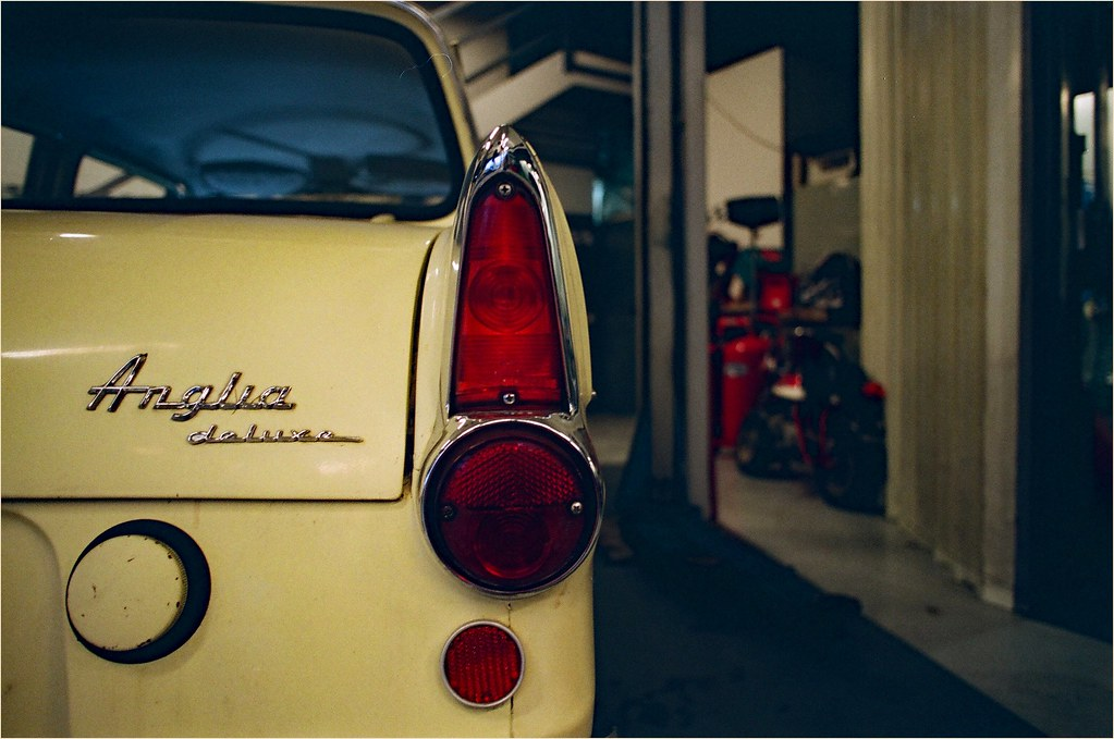 The world 39 s best photos of garage and vintage flickr for Garage ford lens