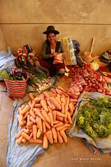 Le marché de Sucre. (jmboyer) Tags: bo0196 bolivie bolivia travel ameriquedusud canon voyage ©jmboyer nationalgeographie potosi portrait canon6d yahoophoto géo yahoo photoyahoo face visage flickr photos southamerica sudamerica photosbolivie boliviafotos bolivien bolivienne tribal canonfrance eos nationalgeographic googlephotos instagram