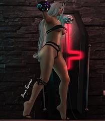 ☠💀 в† 💀☠ (ʙ†) Tags: ak oliver evermone badgirl secondlife vietato