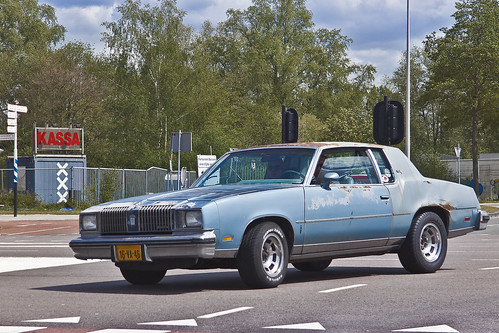 Oldsmobile Cutlass Salon 1978 (4516)