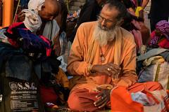 Varanasi. Uttar Pradesh. India. (Tito Dalmau) Tags: street portrait man pilgrim varanasi uttarpradesh india