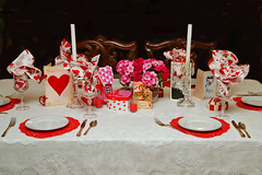 Valentines Table (redhorse5.0) Tags: valentines valentinestable decoration tabledecoration redandwhite dishes flowers hearts candles napkins redhorse50 sonya850