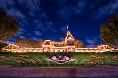 Main Street Railroad Station - Disneyland (GMLSKIS) Tags: disneyland anaheim california railroad