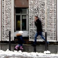 Purple boots ( blur walkers ) (Jean-Marc Vernier) Tags: snow neige blur flou walk streetview streetwalk streetphotography streetphotographer street fujifilm fujixt20 ur city