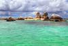 Wild green (Robyn Hooz) Tags: batuberlayar island indonesia belitung smerlaldo mare java paradise rocce green