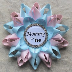 Planning a gender reveal party? Pink and blue pins! https://t.co/XS91iFJDAI #baby #genderreveal #babyshower #mom #pregnancy #party https://t.co/hXkyzPE9nU (petalperceptions.etsy.com) Tags: etsy gift shop fashion jewelry cute