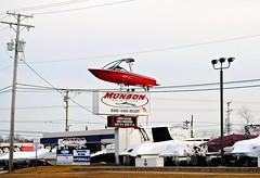 Munson Marine - Volo, Illinois (Cragin Spring) Tags: illinois il midwest unitedstates usa unitedstatesofamerica sign boat volo voloil voloillinois munsonmarine lakecountyil