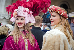 31 gennaio 2016, Venezia in maschera... (adrianaaprati) Tags: costume carnival people girls dresses renaissance colors pink red pearls masks fancydress outdoors party venice portrait
