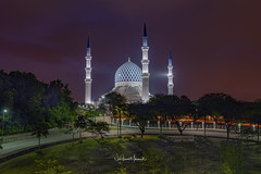 Dawn at Shah Alam Mosque, February 2018 (Nur Ismail Photography) Tags: mosque muslim islamic sunrise sky landmark minaret architecture sunset dome religion landscape malaysia building travel beautiful islam asia masjid blue tourism religious alam worship shah culture tower selangor exterior sultan abdul view aziz background traditional holy salahuddin city asian scenery tourist lumpur pray dawn nature water famous night east shahalammosque