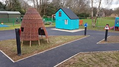 Leechpool Primary School (eibe play Ltd) Tags: road wicker eibe wetpour activetrail balance school playground playgroundequipment