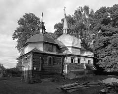 Old Orthodox church (fotoswietokrzyskie) Tags: tree building sky architecture kodak tmax400 mamiya rz67ii medium format 6x7 analog orthodox church