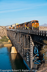 DSC_7650, Topock, AZ. March 29, 2012 (Rkap10) Tags: arizona bnsf es44dc locomotives other places railroad