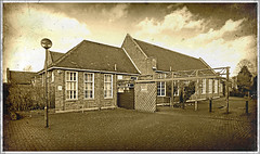 Daventry LIbrary (Jason 87030) Tags: library council town grammar school bricks scene northants northamptonshire ddc january 2018 architecture past history historic effect olde build sony ilce alpha a6000 nex lens uk england books member today news development