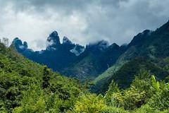 Zubatý masív Fansipanu (zcesty) Tags: vietnam25 mraky krajina hory vietnam dosvěta laichâu vn
