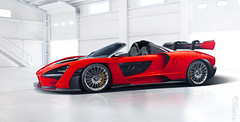 McLaren Senna Roadster (Nike_747) Tags: naksphotographydsign mclaren senna roadster cabriolet cabrio opentop limitedproduction supercar hypercar super hyper car sportscar sport class exotic rare luxury color auto limited edition roadlegal track focused coupe monocage carbon fiber monocoque twinturbo v8 v 8 garage box flash light reflection wing gold brakes stairs up spoke rims