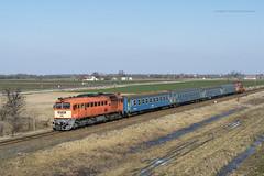 628 223 H-START (...síneken a vonat) Tags: személyvonat szeged békéscsaba locomotive calatori feroviarul feroviar railline135 railline reilline railroad 628 line135 bahn diesel dízel eisebahn lokomotive lugans m62 mozdony locationszekkutas szekkutas székkutas máv rail railway szergej teher tehervonat train trenur trenuri vasút vlacik vlak vlaky vonat m62223 628223 628223start szekkutasvegpbej semafor alakjelzo jelző alakjelző ablakosvonat m412165 418165 418165start csörgő ganz mávag budapest 7725