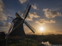Winter Sunset (iPhone Fotograaf) Tags: landscape evening sunset sun iphone8plus groningen dutch sky windmill