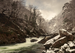 Winter in the Aberglaslyn Gorge (Nick Livesey Mountain Images) Tags: