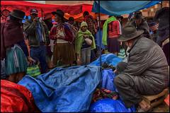 Mercado de Tarabuco, Bolivia (bit ramone) Tags: tarabuco bolivia mercado market travel viajes bitramone yampara cultura indigena gente lluvia rain alimento retrato