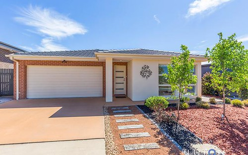31 Ken Tribe St, Coombs ACT 2611