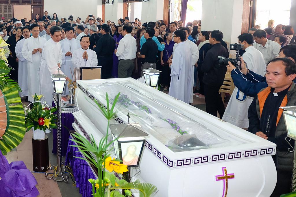Nhap quan cha Anton Nguyen Truong Thang-14