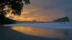 sweet dawn (Bernal Saborio G. (berkuspic)) Tags: costarica travel vacation beach tropicalrainforest tropics waves dawn earlymorning