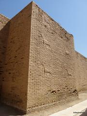 Western Wall lower Ishtar Gate, Babylon (11).jpg (tobeytravels) Tags: iraq babylon babel mesopotamia akkadian amorite hammurabi assyrian neobabylonian hanginggardens achaemenid seleucid parthian roman sassanid alexanderthegreat nebuchadnezzar sargon chaldean hittites sennacherib xerxes