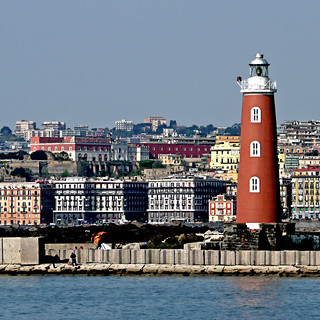 Faro del Porto di Napoli - Italia