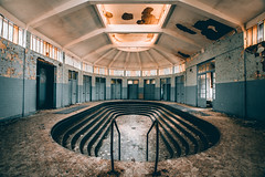 Thermes Bleus (FR) (maxvnck) Tags: urbex abandoned lost