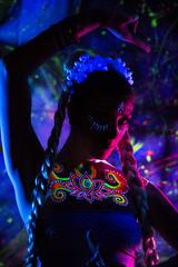 DSC_8070 (Randy Poe) Tags: paige mason jes sounders randy poe black light paint uv lighting event henna art pretty woman dancer lovely locks braids eyes neckline electric ecliectic beauty
