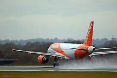 Easyjet G-EZFW J78A0231 (M0JRA) Tags: easyjet gezfw manchester airport planes flying jets biz aircraft pilot sky clouds runways