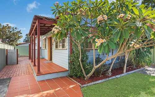 60 Alexandra St, Umina Beach NSW 2257