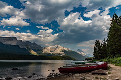Canoes at Maligne Lake, Canada (Yuliksroas) Tags: canoe canoes canoeing mountains rockies rocky canadian canada 150 alberta lakes maligne lake clouds boats canon eos 650d