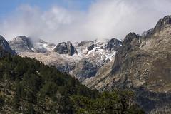 ancient stone..... (hilariopv) Tags: hilarioperez benasque montañas otoño cieloazul nubes paisajes bosque landscape