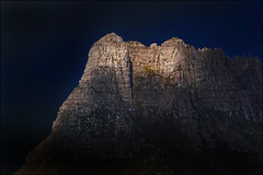Last light on Stac pollaidh (McRusty) Tags: stac pollaidh assynt last light contrast north west highlands rock cliff popular mountain scotland beautiful outdoor natural