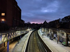 [1] Clifton Down (rbrwr) Tags: uk england bristol clifton cliftondownstation railwaystation trainstation station severnbeachline railway platforms sunset dusk