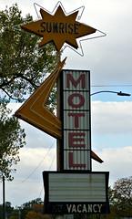 Sunrise (pam's pics-) Tags: motel hotel lodging motorlodge motorinn claycenterkansas ks kansas us usa american midwest sign vintagesign motelsign pamspics pammorris sonya6000 neon arrow