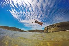 I believe I can fly (alestaleiro) Tags: fly alestaleiro man voador volador vuelo fligt flyingman dive mergulho estaleiro praiadoestaleiro braqsil