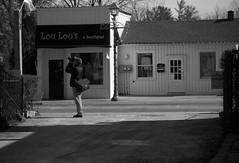 Catching the Fiddler (Alex Luyckx) Tags: unionville ontario canada urban downtown historicdowntown historic markham people portrait random street streetphotography photographers spontanious casual tfsm tfs torontofilmshooters torontofilmshootersmeetup meetup gathering social