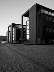 The lights of twilight (Franco & Lia) Tags: copenhagen københavn danimarca denmark christianshavn architettura architecture biancoenero noiretblanc blackandwhite olympus em10ii