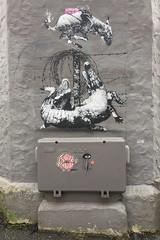 AFK, Ami and Barnslig (svennevenn) Tags: gatekunst streetart bergen amihekling crocheting barnslig smultringer donuts afk stencils stickers