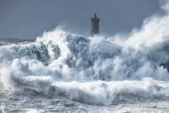 Bretagne, le phare du Four (philippe MANGUIN photographies) Tags: phare finistere mer ocean four bretagne