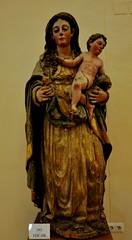 Astorga (León). Museo de los Caminos. Virgen con el Niño (santi abella) Tags: astorga león castillayleón españa museodeloscaminos palacioepiscopaldeastorga