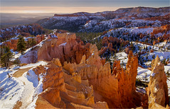 Winter sunrise in Bryce (AdelheidS Photography) Tags: adelheidsphotography adelheidsmitt adelheidspictures america brycenationalpark bryce brycecanyon nationalpark utah usa us sunrise snow hoodoos winter winterbeauty dawn