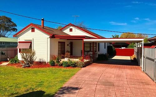 446 Parnall St, Lavington NSW 2641