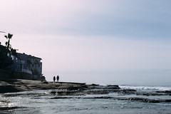 (thekevinchang) Tags: lajollatidepools lajolla california sandiego beach ocean pacific sand tide couple