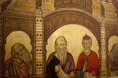 Madonna and Child enthroned with angels and saints by Giotto di Bondone (detail) - Uffizi - Florence (rfzappala) Tags: europe europa italy italia tuscany toscana 2016 florence firenze uffizi gallery museum gothic painting madonna child enthroned with angels giotto di bondone