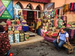 Piante Medicinale (jfraile (OFF/ON slowly)) Tags: marrakech color calle fotocallejera streetphoto plantasmedicinales especias spices medicinalplants jfraile javierfraile zoco mercado market