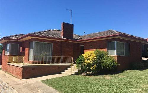 40 Carey St, Tumut NSW 2720